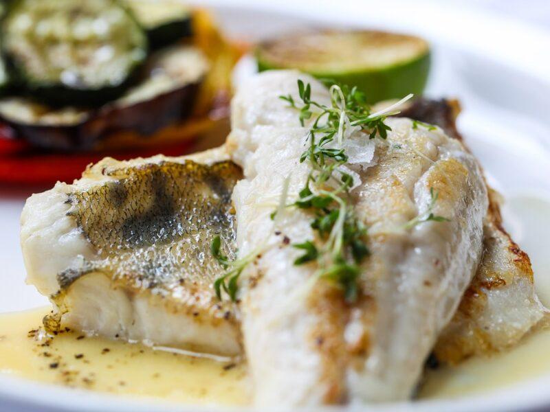 Fischfilet mit Kräuterhaube