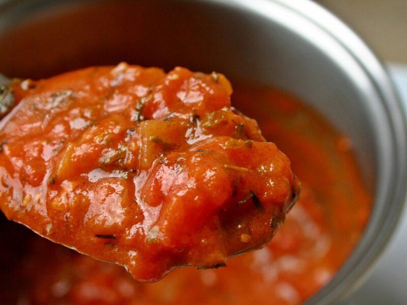 Tomatensuppe mit Hackfleischbällchen
